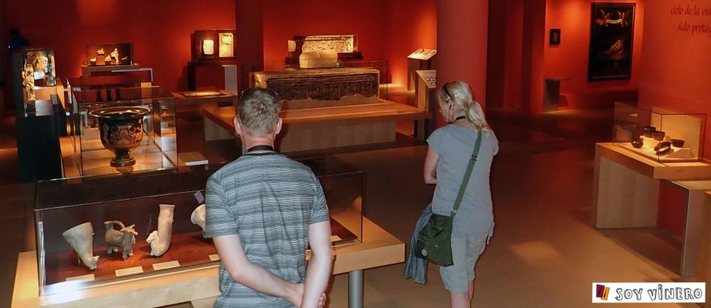 Sala 4. El vino, arte y símbolo. Museo Vivanco de la Cultura.