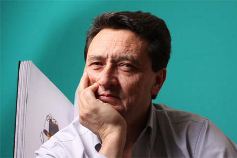 Manuel Estrada.