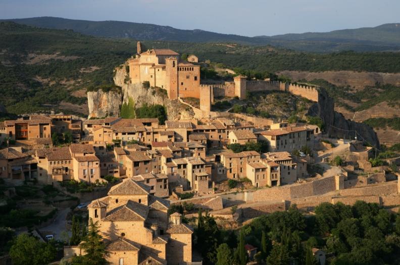 Alquézar (Huesca). Enoturismo Somontano.